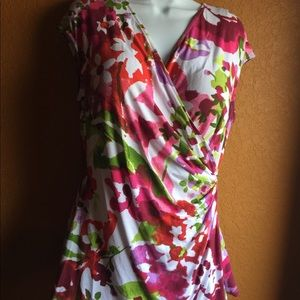 Tommy Bahama floral wrap sleeves shirt (Large)